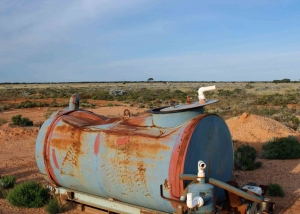Outback Water Tank (IMG_1204)