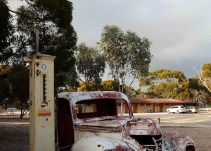 Classic Outback Cars (IMG_1411)